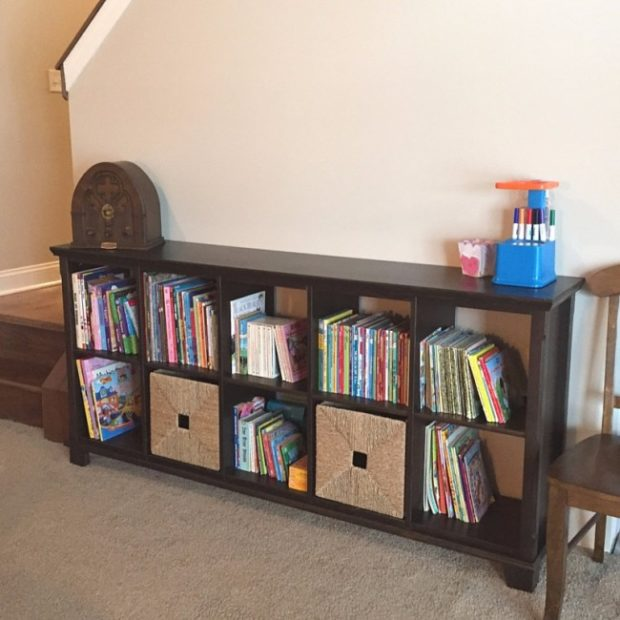 Cube Systems Are An Excellent Way To Store Toys And Books In The Living Room.  Having Baskets Makes It Easy To Hide Toys At A Momentu0027s Notice!