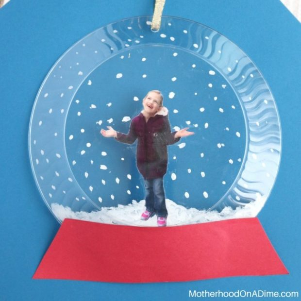 how-to-make-a-crafty-photo-snow-globe-16a