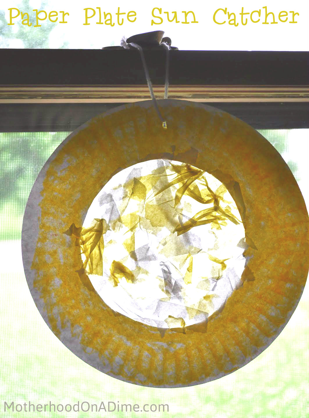 Paper Plate Sun Catcher - Kids Activities | Saving Money | Home Management | Motherhood on a Dime : activities with paper plates - pezcame.com