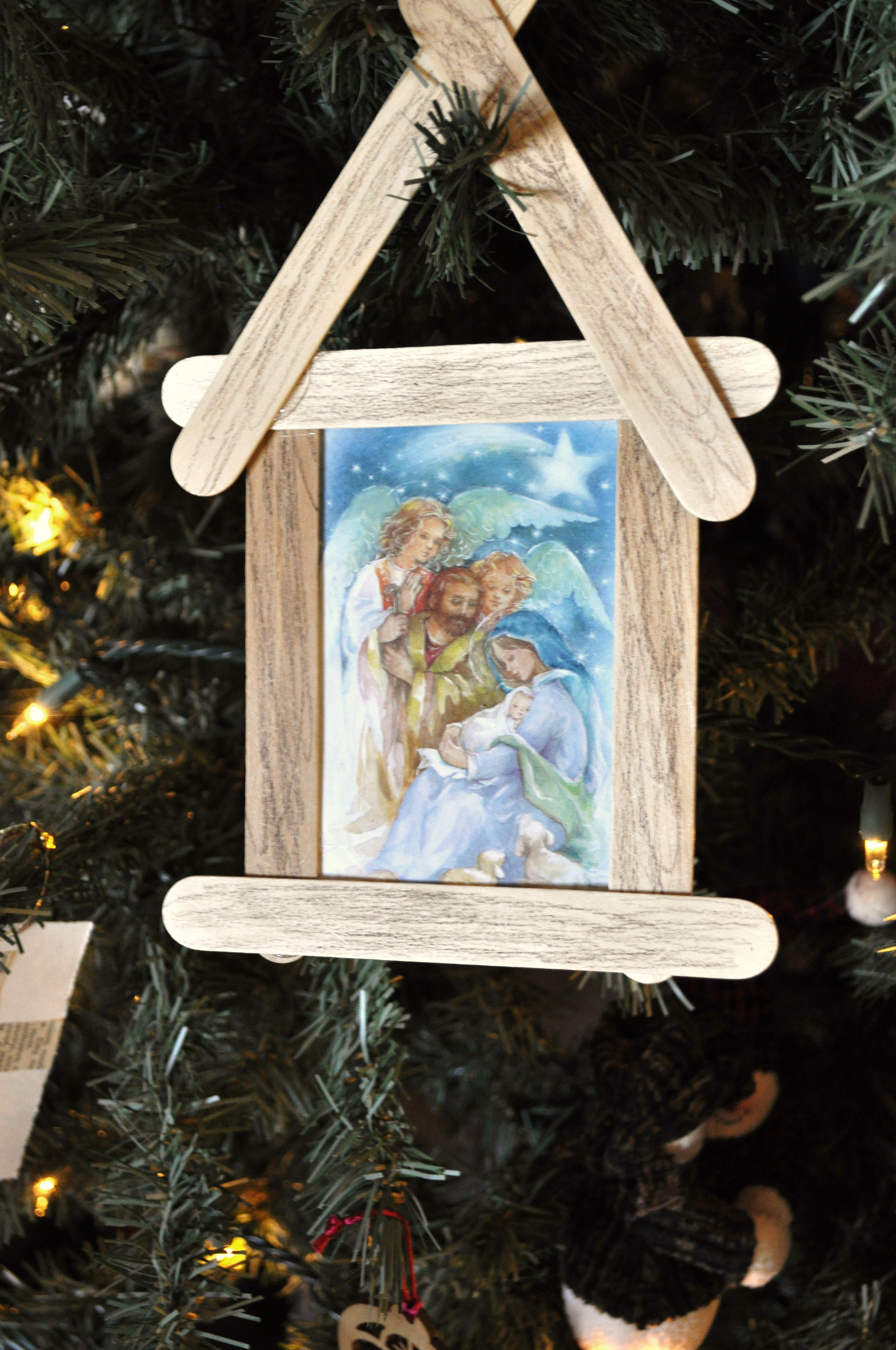 Three Simple Ways to Recycle Christmas Cards - Kids Activities ...
