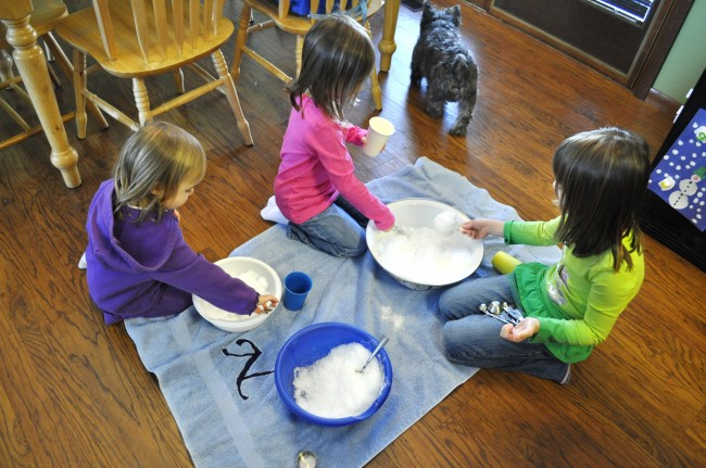 Fun on a Dime:  Snow-Theme Activities