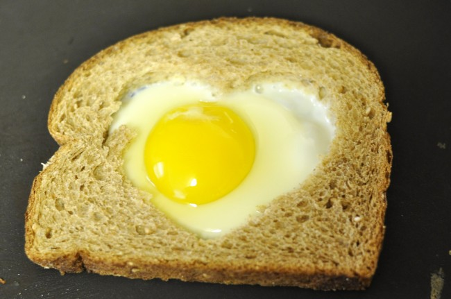 Heart-Shaped Egg & Toast Breakfast (or Lunch!!)