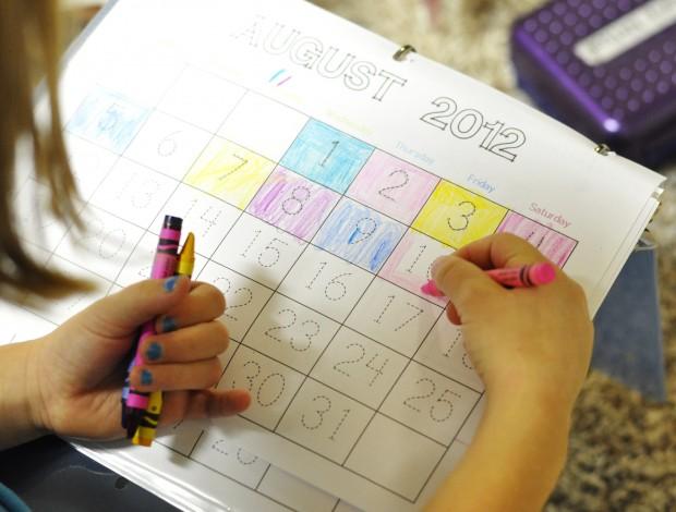 Kindergarten Calendar Binder Pages : Calendar binder free printables kids activities