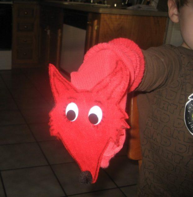fox in socks puppets