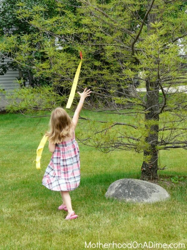 diy clothespin flags for obstacle course