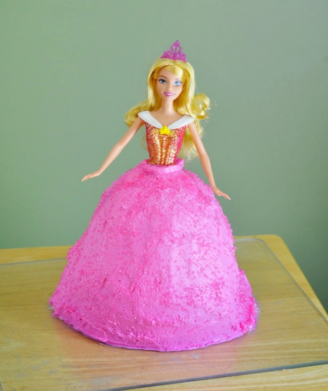 Princess Aurora Sleeping Beauty Cake