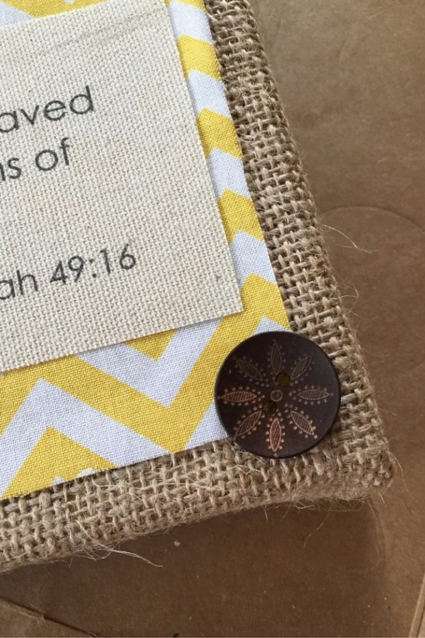 How to Make Burlap Wall Art with Your Kids (10)